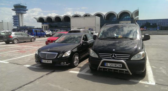 Mercedes Viano & E-class, front view - Henri Coanda ,  Otopeni,  airport.