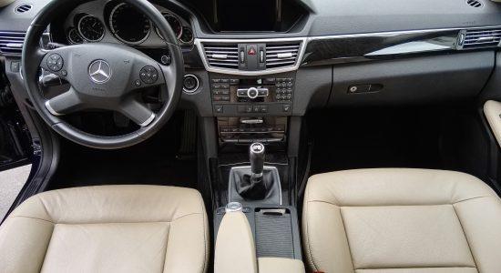 Mercedes e class interior front